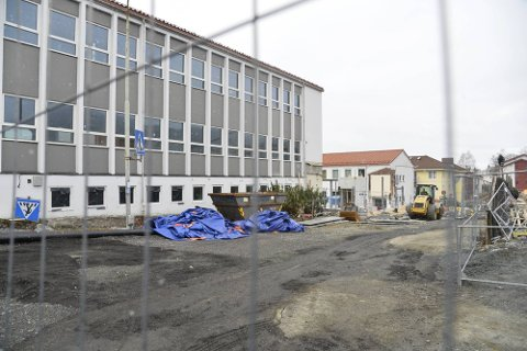 Byggeplassen kan tidligst åpne med normal aktivitet den 15. mars.