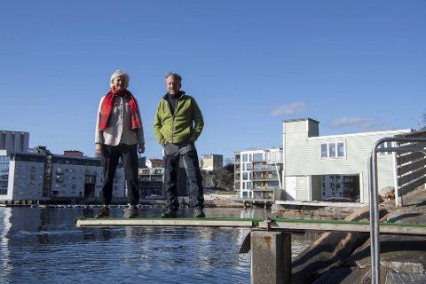 Anne Irgens og Geir Næss håper at Ado Arena får ja til å overta driften på Sandviken sjøbad, slik de gjorde på Nordnes sjøbad i 2018. – Det har vært svært vellykket, og beliggenheten her er ikke dårligere, sier Næss.