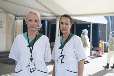 Ida Swane og Siri Kongsvik har testet utallige bergensere, både på teststasjonene og hjemme under pandemien.