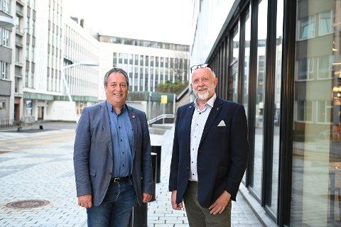 Stordabuen Sigbjørn Framnes (t.v.) og osingen Gustav Bahus kjenner hverandre godt, blant annet fra fylkeslaget hvor Bahus er leder og Framnes er organisatorisk nestleder.