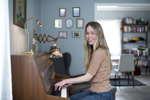 Pianoet åpnet dører for Elin Sofye Rabbevåg i ung alder.