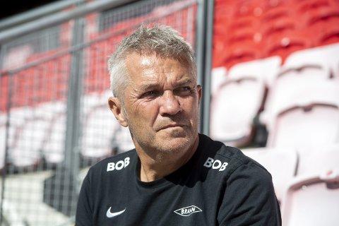Kåre Ingebrigtsen liker ikke kritikken fra BAs fotballekspert Mons Ivar Mjelde, og mener den gamle gulltreneren må ha «glemt det meste»!