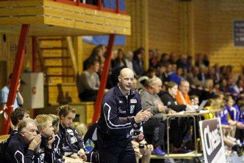 TIF Viking har signert Mika Nurmi på en ettårskontrakt. Han har tidligere trent Fyllingen i eliteserien.