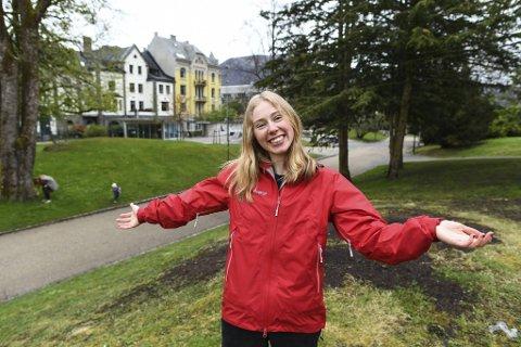Jusstudent og festivalsjef Emma Bø fikk i desember en ide om å lage noe for alle byens studenter. I sommer kommer en stor todagersfestival i Nygårdsparken.