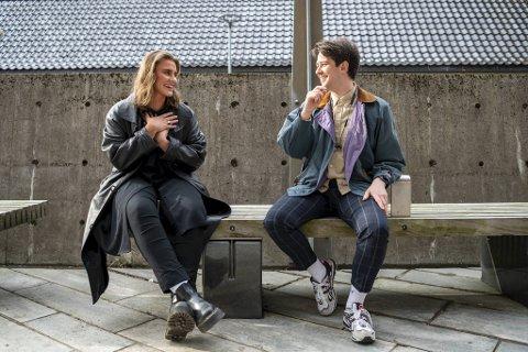 Sara Lovise Emmerhoff søkte etter Kings of Convenience  billett på Finn. Helten ble Ole Bjørn Kongstad.