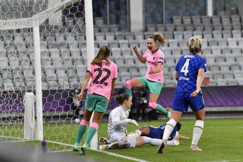 Caroline Graham Hansen scoret da Barcelona vant 4-0 over Chelsea.
