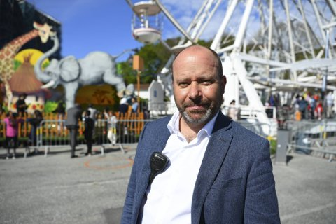 – Vi fikk stoppet ham, men han stakk av før politiet kom, sier Aasmund Lund, eier av Lunds tivoli på Festningskaien.