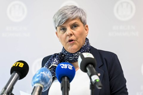 Helsebyråd Beate Husa sier at grunnsmitten fortsatt er høy i Bergen.