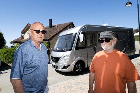 Andreas Berthelsen og Tore Johannesen fikk to forskjellige priser på fergeturen, til tross for at de reiste samtidig og har helt like bobiler.