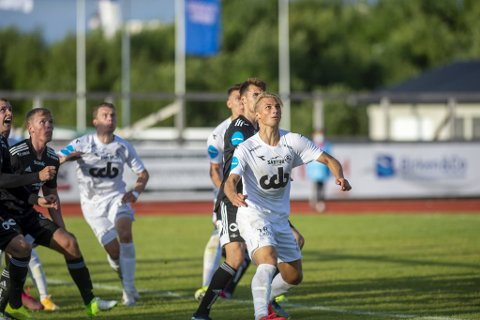 Øygarden-stopper Fabian Rimestad (21) tabbet seg først ut, men reddet både seg selv og lagkameratene med en nydelig utligning på overtid.