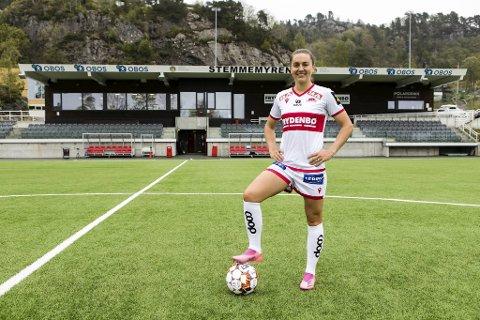 Vilde Bøe Risa reiser til sin nye utenlandske klubb i starten av juli, men hun vil ikke si hvilken klubb det er.