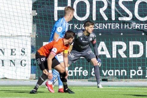Mark Jensen ble tatt av banen i pausen mot Sandnes Ulf. Uten at det var skade involvert.