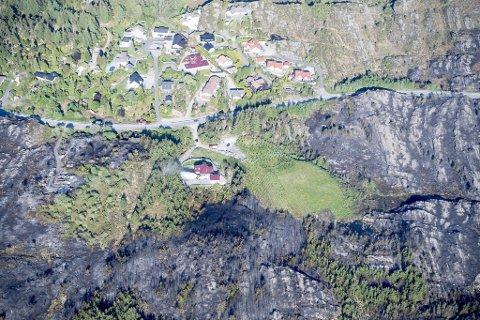 Huset til familien Telle var faretruende nær å bli tatt av flammene.