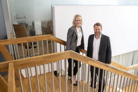 Advokat-partnerne Jorunn Moltu Jacobsens i Dalheim Rasmussen og Olav Pedersen i Harris slår selskapene sammen. Staben i firmaet hennes talte 16 på det meste. Nå blir antallet kolleger mangedoblet.