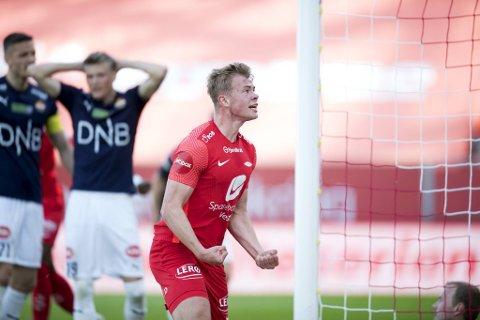 Aune Heggebø scoret sitt første Brann-mål da han startet mot Strømsgodset.