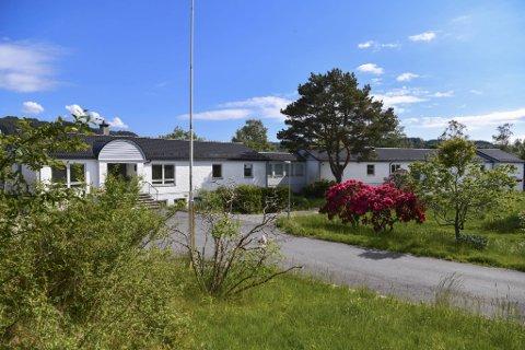Gamle Øvsttun skole er solgt til Borger Borgenhaug. Nå skal det bli boliger her.