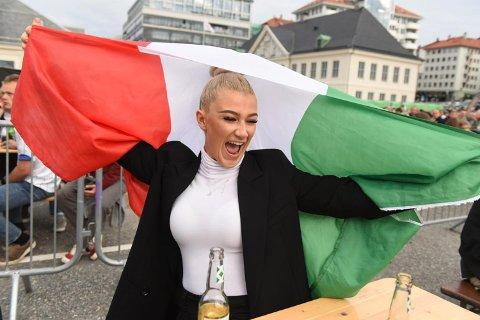 Sandra De Fanti (22) forteller at det kribler i magen i forkant av Italias møte med England.