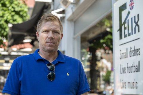 Espen Risti selger de to uteplasser han har drevet i Bergen sentrum de siste ti årene. Målet er å få litt mer fritid.