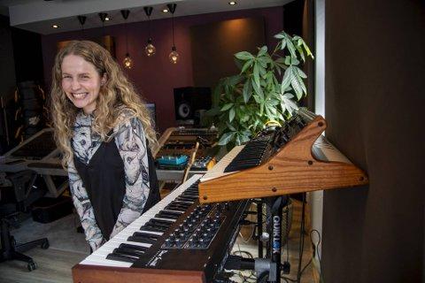 Moyka jobber nå sammen med Eirik Hella på sitt debutalbum.