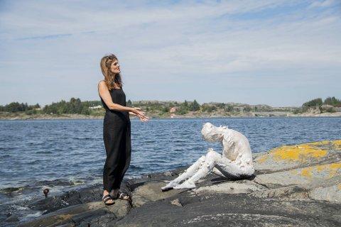 Billedkunstner Inga S. Søreide har laget skulpturpark på Syltøy.
