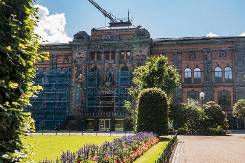 Fredag åpnet utstillingen «Paul Cézanne. Mesterverk fra The Courtauld» med verk fraktet fra London.