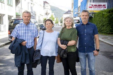 Ragnar Eikeland (65), Torill Eikeland (64), Anne Mjelde (58) og Bjarte Kuven (52) hadde hver sin sønn på Utøya som ble drept i terrorangrepet 22. juli 2011.