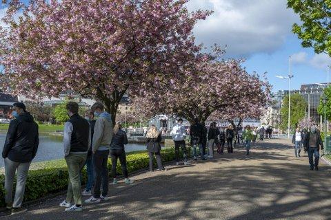 Det er fortsatt høy testaktivitet i Bergen, bortimot 10.000 tester seg hver uke i følge Helse Bergen.