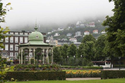 Hvis man skal stole på værmeldingen, bør du forberede deg på grå dager i Bergen de neste dagene