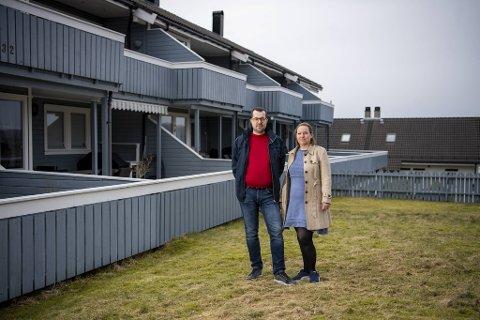 Juristene Guri Lindblad og Jan-Ove Færstad har kriget mot kommunen lenge og sier at uten kompetansen de har, ville de vært sjanseløse selv om kommunen hadde feil.