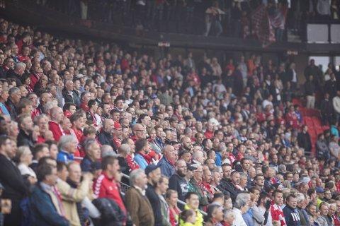 Det er lenge siden det har vært fullsatt på Stadion, og det skjer heller ikke med det første.