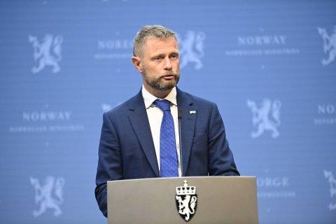 Fredag svarte helseminister, Bent Høie, på kritikken fra byrådet i Bergen.