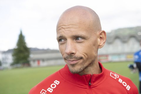 Det har vært en ryktestorm på sosiale medier etter nachspiel-skandalen. Brann-spiller Ruben Kristiansen var en av dem som ble hengt ut som deltaker, men han var ikke på den famøse festen.