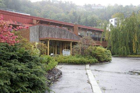 Én beboer ved Kolstihagen sykehjem ble søndag bekreftet smittet av koronavirus.