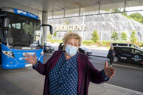 Nå skal Erna Solberg forsøke å vinne bergensernes stemmer.