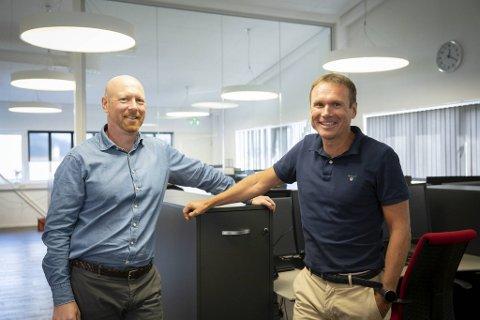 Økonomidirektør Nils Haukeland (t.v.) og administrerende direktør Morten Leikvoll i Head Energy var blant grunnleggerne i 2010. Nå har selskapet over 500 ansatte.