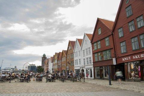 Smittetrykket i Bergen gir seg ikke. Nå kan det komme en ny runde med tiltak i byen.