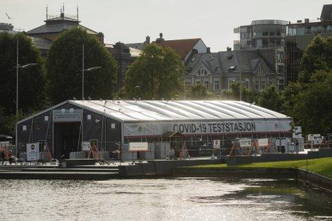 Helgens smittetall har vært foruroligende høye mener de medisinske lederne i Bergen kommune.