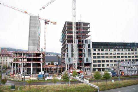 Det nye fylkesbygget på Vestre Strømkaien begynner å ta form.
