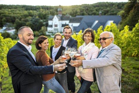 Kloster Eberbach er en av de virkelig staselige eiendommene i Tyskland som også produserer vin. Kloster Eberbach i Rheingau har en historie som skriver seg helt tilbake til 1136.