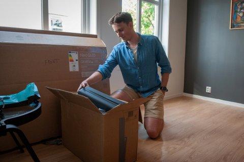 Førstegangskjøper Olav Bjørneset Herse (24) har aldri opplevd renteøkning. I årene fremover må han og andre huseiere belage seg på økte boutgifter.