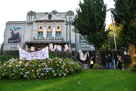 Streiken har pågått i fire uker og ført til mange avlysninger.