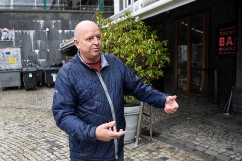 Petter Arnesen, medeier av utestedet Ricks, forteller at det var ville tilstander under gjenåpningen. Til helgen tror de det blir like stor pågang.
