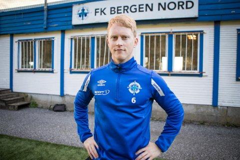 Mathias Macody Lund er spillende trener for 4. divisjonslaget Bergen Nord.