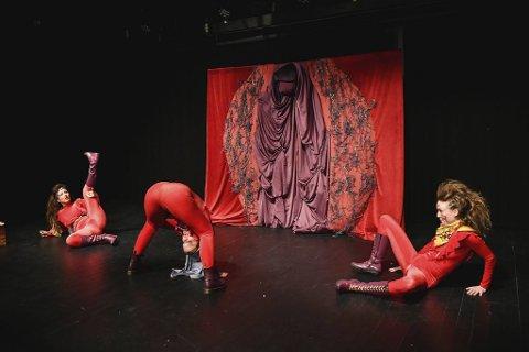 Det danske teaterkompaniet Vølven spiller «A letter to my Vulva» fredag og lørdag under Fringe Festivalen. Søndag inviterer de bergensere til å skrive brev til sin vagina.
