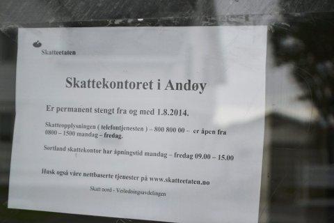 Skattekontoret på Andenes stengte dørene for publikum i 2014. De tre ansatte ved kontoret har nå fått beskjed om at kontoret legges ned i 2019. (Arkivfoto: Fredrik Sørensen)