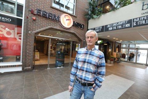Kinosjef ved Fram Kino i Bodø, Erik Jørgensen, sier at de ikke vil åpne før de er 100 prosent sikker på at de kan tilby en smittefri kinosal.