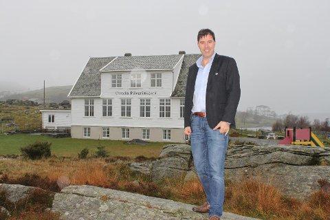 Oppsøkende: Arvid Kaspersen er ansatt som daglig leder i Utstein Pilegrimsgard. …