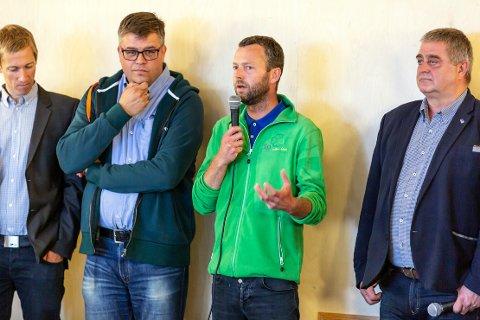 Samarbeidskamerater: Dette firkløveret med Øystein Stjern (t.v.), Ingve Lerangm Jarle Bø og Bjørn Kahrs meislet ut et nytt politisk flertall i Randaberg kom,mune allerede natt til tirsdag.