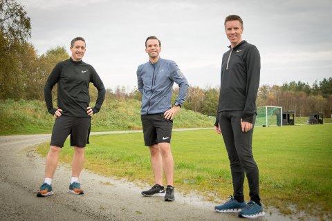 Sosial løping: Grødem Runners, her ved Alexander Middleton, Rolf Tore Sande, og Christian Wanvik.