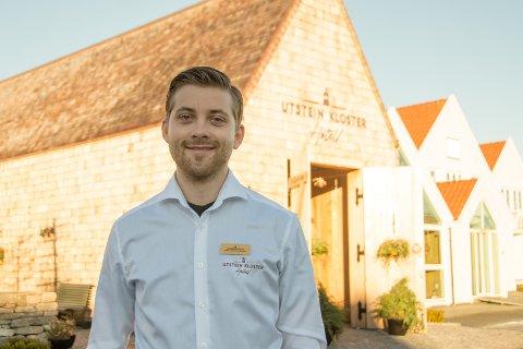 Driftsansvarlig: Robert Raustein (24) har vært Drifts- og Hotellansvarlig på Utstein Kloster Hotell siden mai 2019.